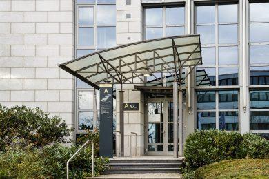 Der Eingang der Kanzlei Krapp - Familienrecht, Arbeitsrecht, Erbrecht